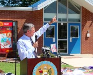 Governor, educators praise 'needs closet' initiative